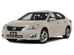 2015 Nissan Altima 2.5 SV Car