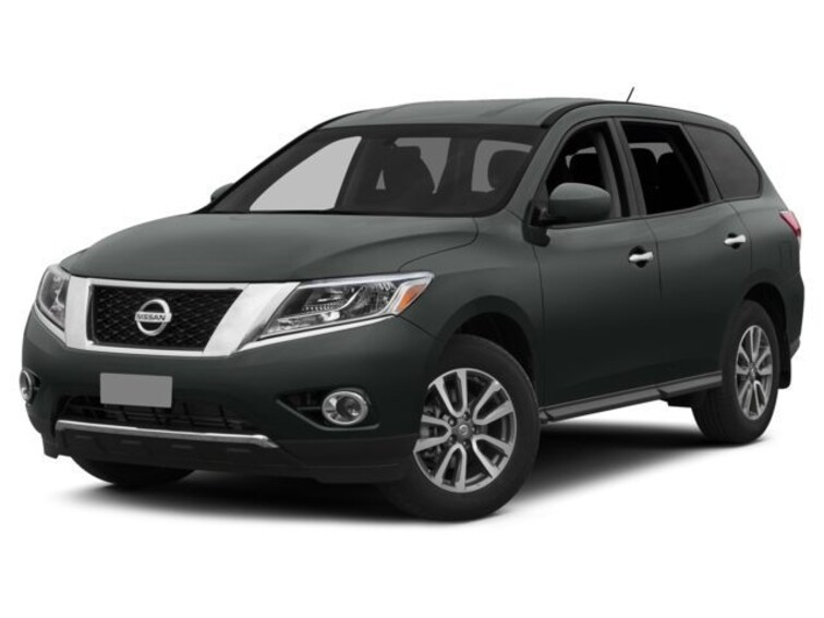 Used 2015 Nissan Pathfinder SL SUV for sale in Memphis, TN at Jim Keras Subaru