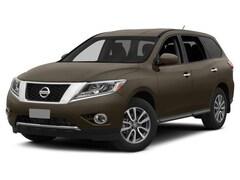 2015 Nissan Pathfinder Platinum 2WD  Platinum