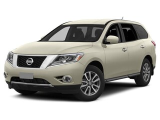 Certified Pre-Owned 2015 Nissan Pathfinder S SUV Ames, IA