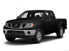 2015 Nissan Frontier 4WD King Cab Manual SV Extended Cab Pickup