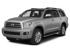 2015 Toyota Sequoia Limited Navigation, Sunroof, Leather & Power Liftg SUV