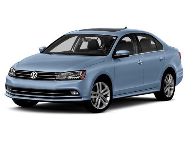 2015 Volkswagen Jetta 1.8T SE w/Connectivity/Navigation/PZEV Sedan