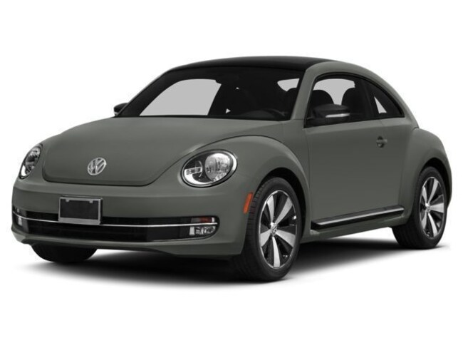 New 2015 Volkswagen Beetle 1.8T Classic Coupe 3VWF17ATXFM656427 P9045 in Bloomington IN