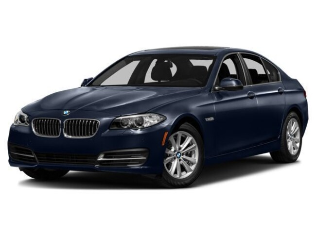 Certified Pre-Owned 2016 BMW 535i xDrive Sedan For Sale Southampton, New York