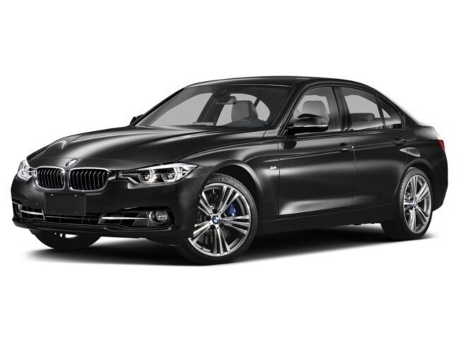 Certified Pre-Owned 2016 BMW 320i xDrive Sedan For Sale Southampton, New York