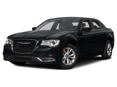 Used 2016 Chrysler 300 Limited Sedan 2C3CCAAG4GH298567 18R1A
