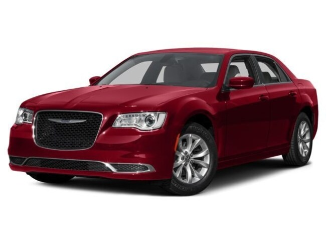 2016 Chrysler 300 - Limited - AWD - Navigation - Moon Roof - Leather Sedan