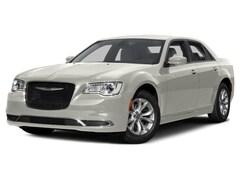 2016 Chrysler 300 Limited Full-Size Car