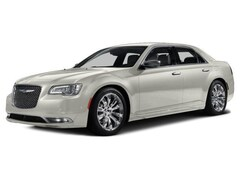 Used 2016 Chrysler 300 300C Sedan for sale in Springfield, IL