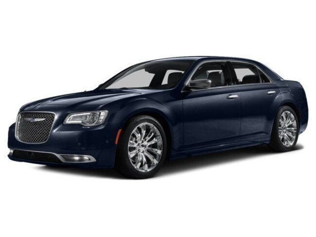 2016 Chrysler 300C Base Sedan