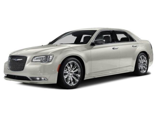 2016 Chrysler 300C Platinum Sedan