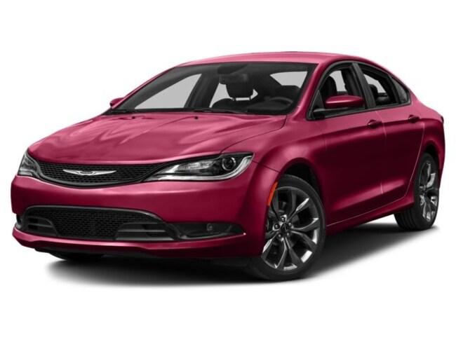 2016 Chrysler 200 LX Sedan