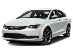 2016 Chrysler 200 LX Sedan 1C3CCCFB8GN182790
