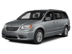 2016 Chrysler Town & Country Touring-L Van LWB Passenger Van