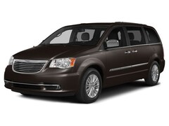 Used Vehicles for sale 2016 Chrysler Town & Country Limited Platinum Van LWB Passenger Van in Accident MD