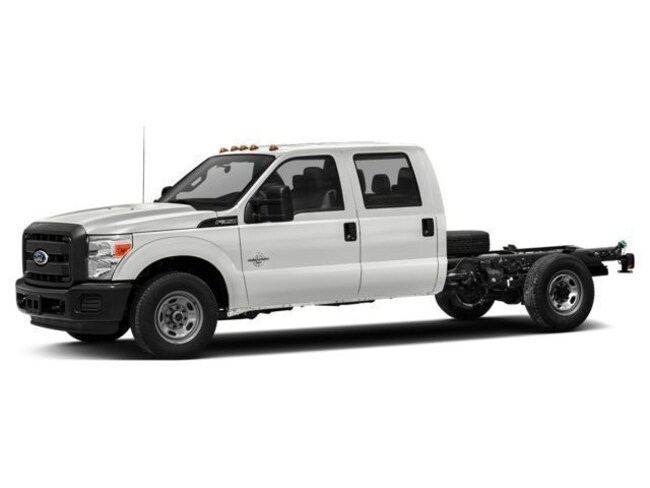 2016 Ford F-350 Super Duty XL 4x4 XL  Crew Cab 176 in. WB SRW Chassis