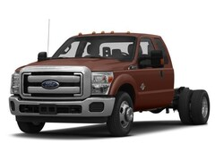 2016 Ford Super Duty F-350 DRW 4WD Supercab 162 WB 60 CA XL Extended Cab Chassis-Cab