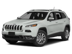 Used 2016 Jeep Cherokee Sport FWD SUV for sale in Chicago