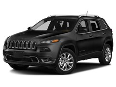 2016 Jeep Cherokee FWD 4dr Sport SUV