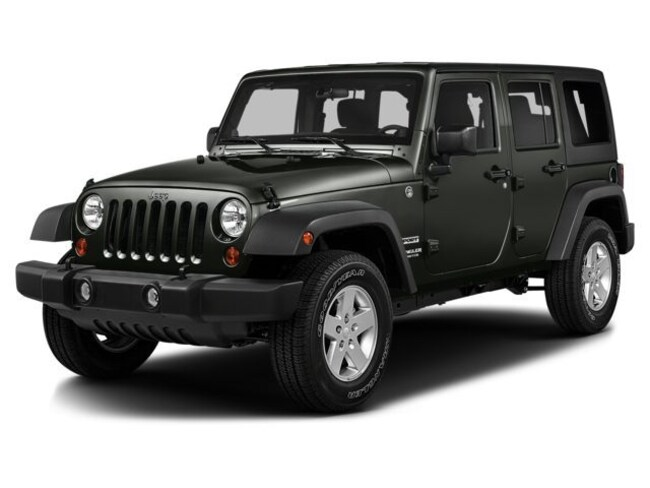 2016 Jeep Wrangler Unlimited 4WD 4dr Sahara Sport Utility