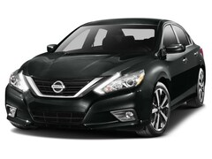 2016 Nissan Altima SR Sedan