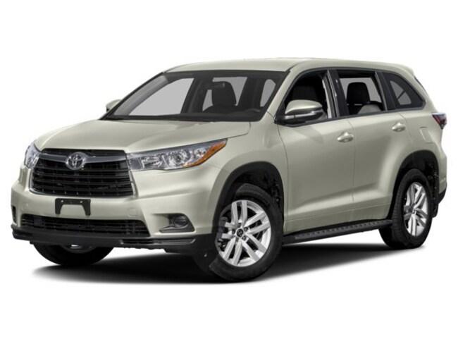 used 2016 Toyota Highlander SUV for sale in Washington NC