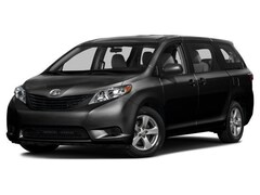 2016 Toyota Sienna XLE 8-Passenger Van
