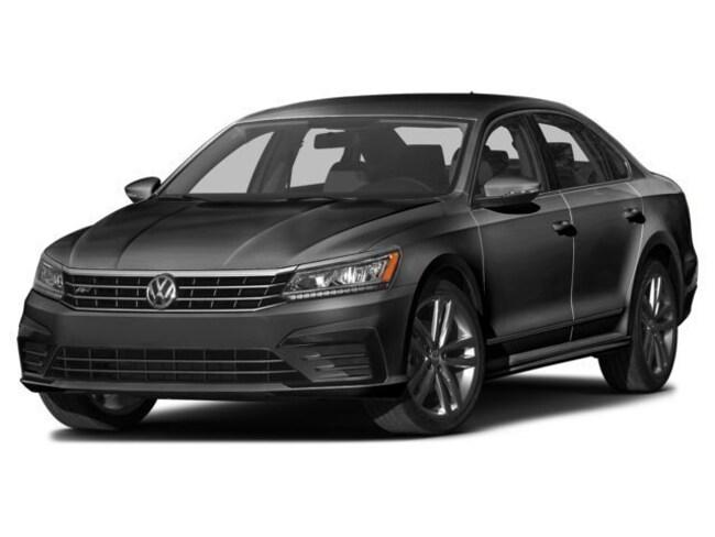 2016 Volkswagen Passat 1.8T R-Line Sedan