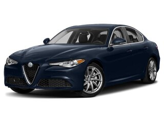 2017 Alfa Romeo Giulia Base Sedan
