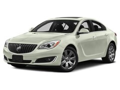 Used Vehicls for sale 2017 Buick Regal Turbo Sport Touring Sedan 2G4GL5EX4H9103315 in South St Paul, MN