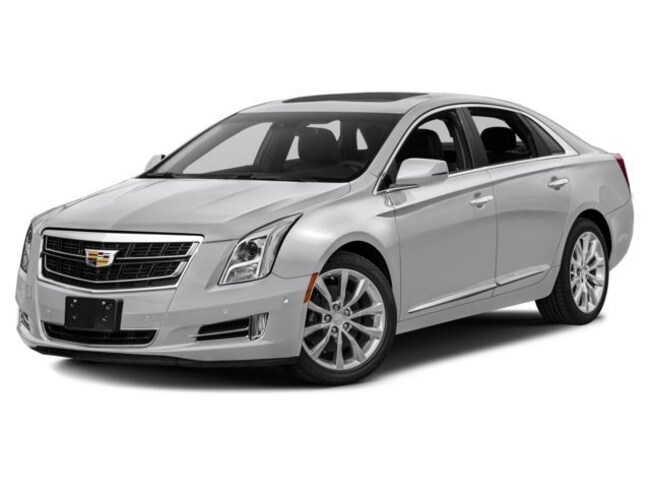 Used 2017 Cadillac XTS Luxury Sdn FWD for sale in Fairfield, IL