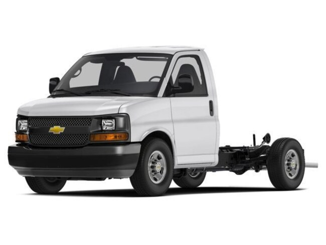 Used 2017 Chevrolet Express 4500 Base Cab/Chassis in Peoria, IL