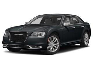 New 2017 Chrysler 300 Limited Sedan Kennewick, WA