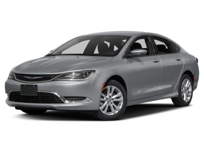 new 2017 Chrysler 200 LIMITED PLATINUM Sedan in Jacksonville FL