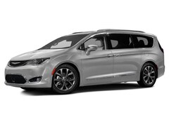 New 2017 Chrysler Pacifica Touring Van 2C4RC1DG3HR610813 for sale near Syracuse, NY at Burdick Dodge Chrysler Jeep RAM