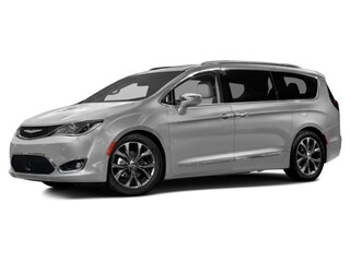 Used 2017 Chrysler Pacifica Touring Touring FWD Butler, OH