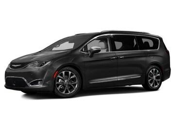 2017 Chrysler Pacifica Van