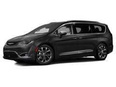 New 2017 Chrysler Pacifica Limited Van for sale near Salt Lake City