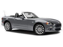 New 2017 FIAT 124 Spider Classica Convertible JC1NFAEKXH0122121 for sale in Bakersfield, CA at Bakersfield Chrysler Jeep FIAT
