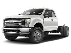 2017 Ford Super Duty F-550 DRW XLT Extended Cab Chassis-Cab