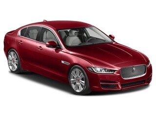 2017 Jaguar XE 35t Premium Sedan