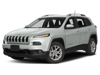 New 2017 Jeep Cherokee Latitude SUV in Burlingame