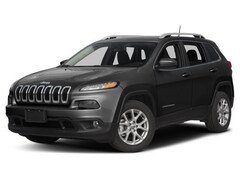 Used 2017 Jeep Cherokee Latitude 4x4 SUV Grand Forks, ND