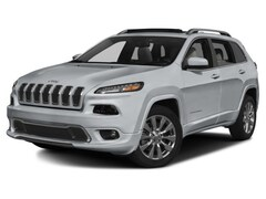 2017 Jeep Cherokee 4WD V6 Overland w/ Panoramic Sunroof & NAV SUV for sale in Souderton