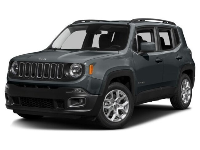 New 2017 Jeep Renegade Latitude 4x4 SUV in Saint Joseph
