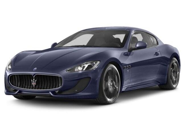 2017 Maserati GranTurismo Sport Coupe NHH243650