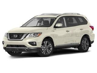 2017 Nissan Pathfinder Platinum Wagon
