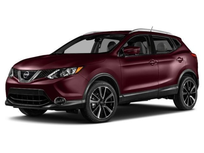 New 2017 Nissan Rogue Sport SL SUV in Chico