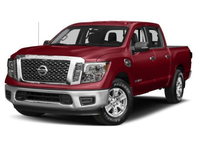 New 2017 Nissan Titan SV Truck Crew Cab in Chico
